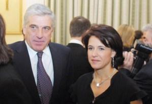 Read more about the article Η Ρούλα που από γραμματέας έγινε κυρία υπουργού