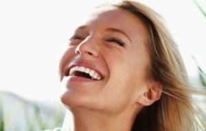 Χαμογελάστε για να κερδίσετε την αληθινή ευτυχία!