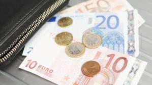 Read more about the article ΚΕΑ: Πότε θα πιστωθούν τα χρήματα στους λογαριασμούς των δικαιούχων