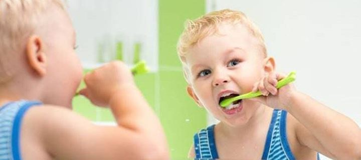 Read more about the article Χρήσιμες συμβουλές για να έχουν πάντα τα παιδιά σας καθαρά δόντια