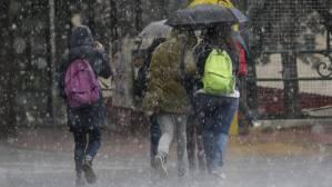 Καιρός: Πού αναμένονται βροχές την Παρασκευή