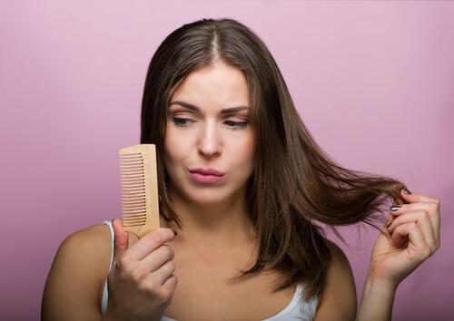 Σαμπουάν για λιπαρά μαλλιά