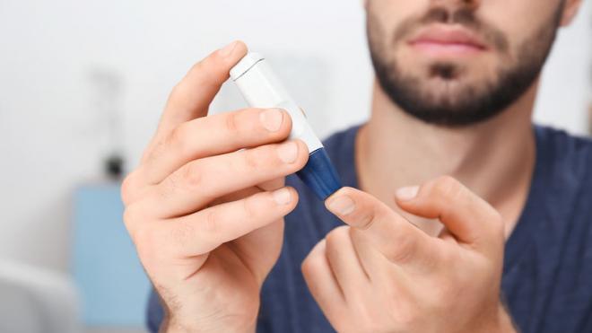 Διαβήτης: Πόσο συχνά πρέπει να μετράς το ζάχαρό σου;