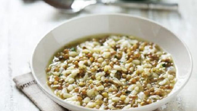 Φακές σούπα με ζυμαρικά