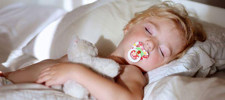 Γιατί ξυπνάει μέσα στη νύχτα το μωρό μου;
