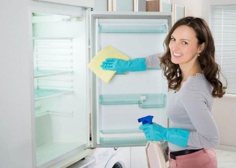 Αποσμητικό διάλυμα για το ψυγείο