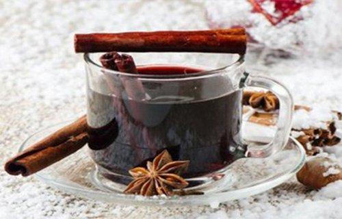 Read more about the article Πώς να ρυθμίστε το ζάχαρο στο αίμα σας χρησιμοποιώντας κανέλα και γαρίφαλο