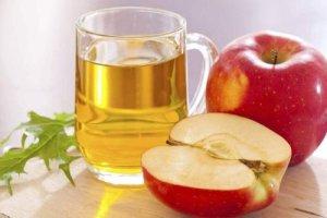 Πώς θα μειώσετε χοληστερίνη και ζάχαρο χρησιμοποιώντας μηλόξυδο
