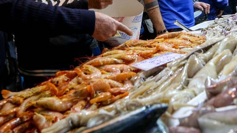 Read more about the article Ανοικτή το βράδυ της Κυριακής η Βαρβάκειος και η Αγορά του Ρέντη – Οι τιμές για το σαρακοστιανό τραπέζι