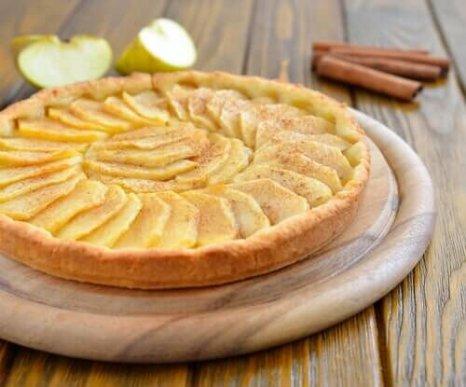 Απλό κέικ μήλου