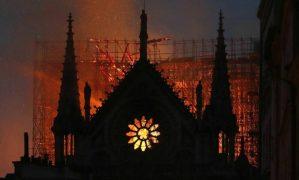 Συγκλονιστικό: Ο Βίκτορ Ουγκό είχε περιγράψει την πυρκαγιά της Παναγιάς των Παρισίων