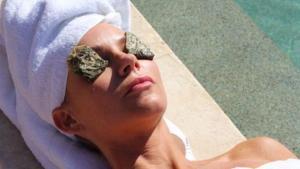 Read more about the article Γιατί πρέπει να βάζουμε καθημερινά φακελάκια του τσαγιού στα μάτια μας;