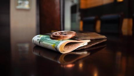 Ακατάσχετο όριο: Τι αλλάζει για τα χρέη σε εφορία- Για ποιους αυξάνεται