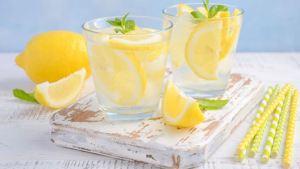 Τι θα συμβεί εάν πίνετε κάθε πρωί νερό με λεμόνι