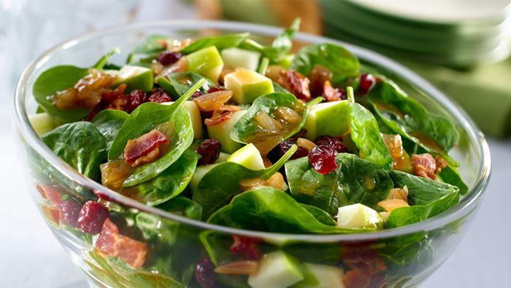 Σαλάτα με σπανάκι και μανιτάρια