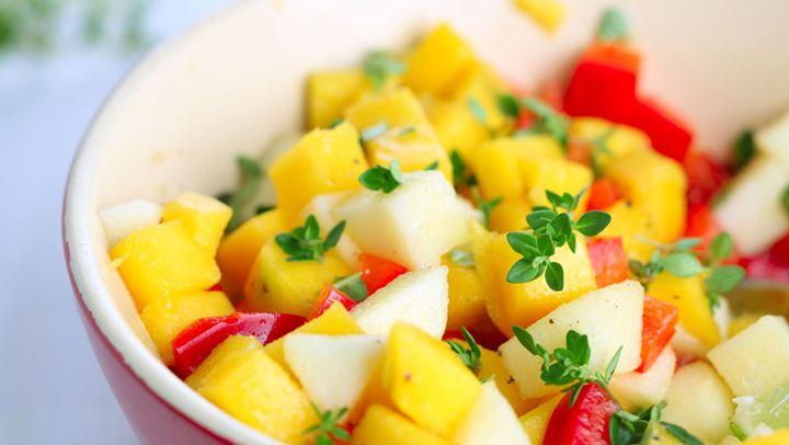 Καλοκαιρινή σαλάτα με μάνγκο και αβοκάντο