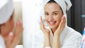 Πώς πρέπει να εφαρμόζετε την κρέμα ματιών σας