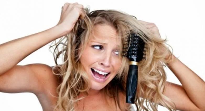 Έχουν κόμπους τα μαλλιά σου;