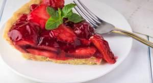 Γλυκιά πίτα με φράουλες