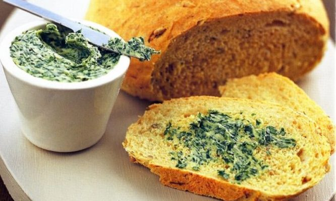 Αγιορείτικη συνταγή για πεντανόστιμο χορτόψωμο
