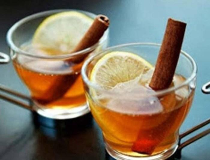 Βάλτε σε ένα ποτήρι με νερό λεμόνι και κανέλα - Το λιποδιαλυτικό ρόφημα που κάνει... θαύματα