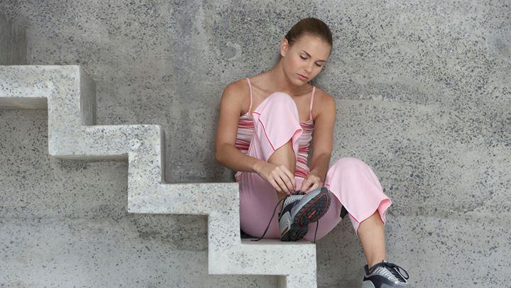 Read more about the article Πόσες θερμίδες καίμε όταν ανεβαίνουμε με τις σκάλες