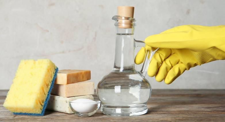 Έξυπνοι τρόποι για να χρησιμοποιήσετε το ξύδι στην καθαριότητα του σπιτιού