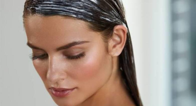 Φτιάξετε τη δική σας μάσκα με γιαούρτι και αυγά για τα μαλλιά