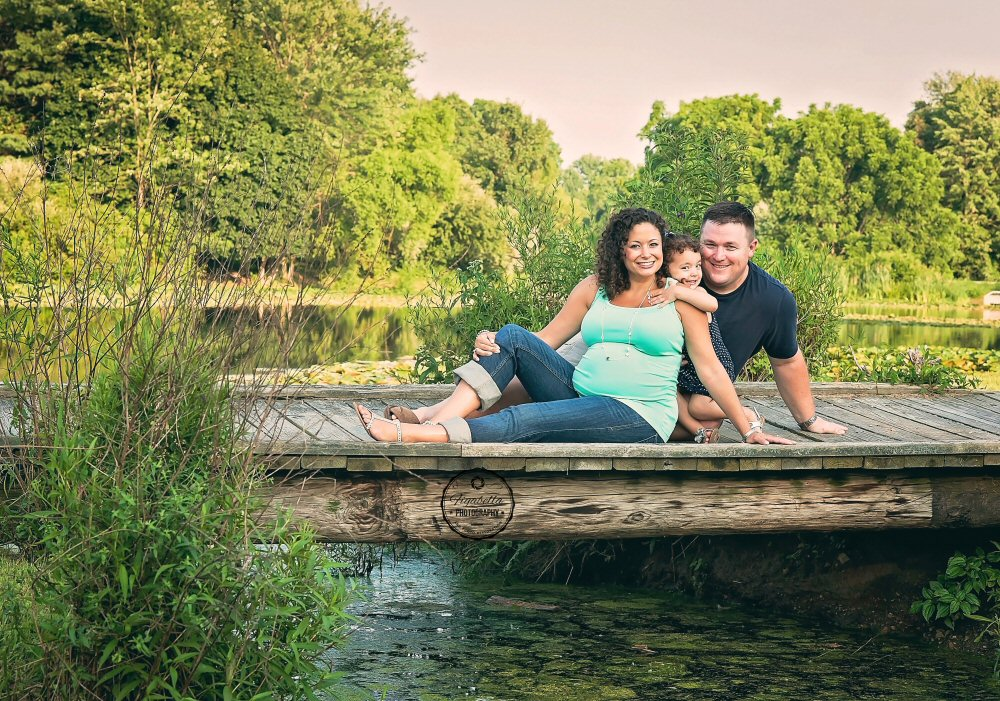 Maternity Photographer in Delaware