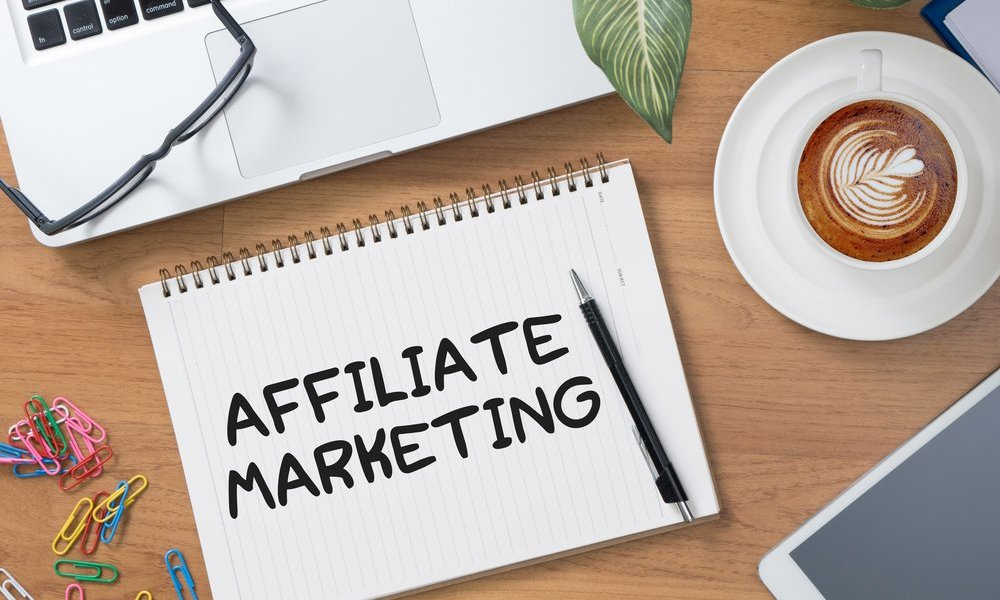 Affiliate marketing on a notebook on a desk
