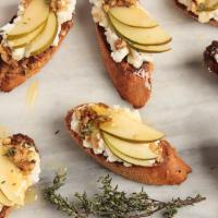 Ricotta, pear and walnut crostini with honey and thyme, also link love.