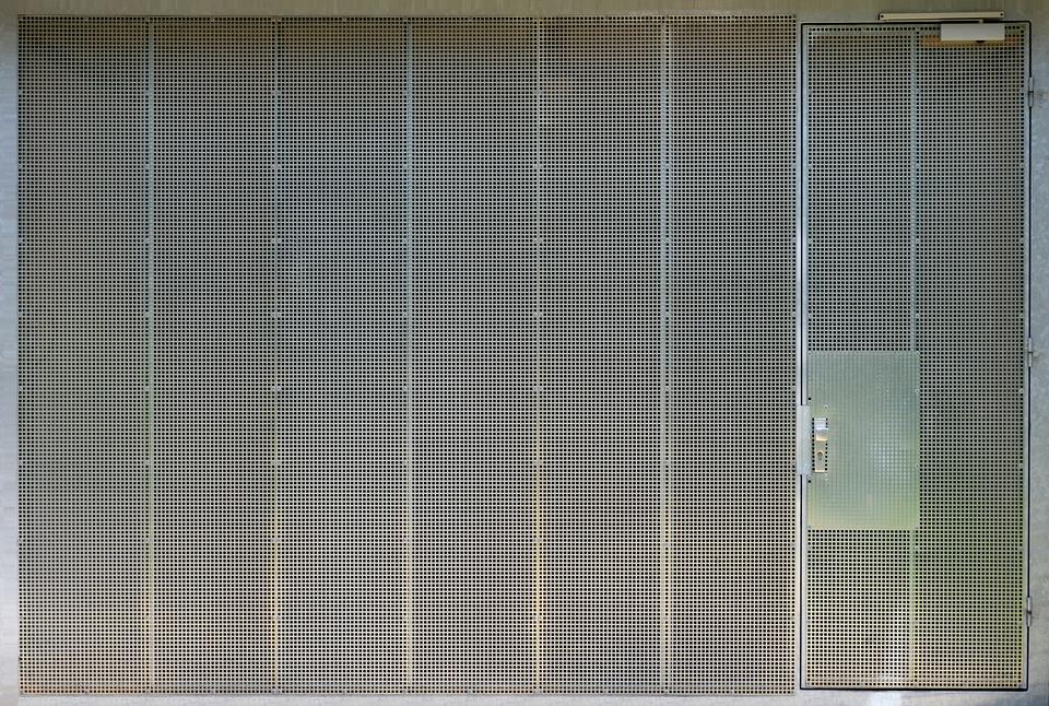 Choosing A Reputable Garage Door Repair Company