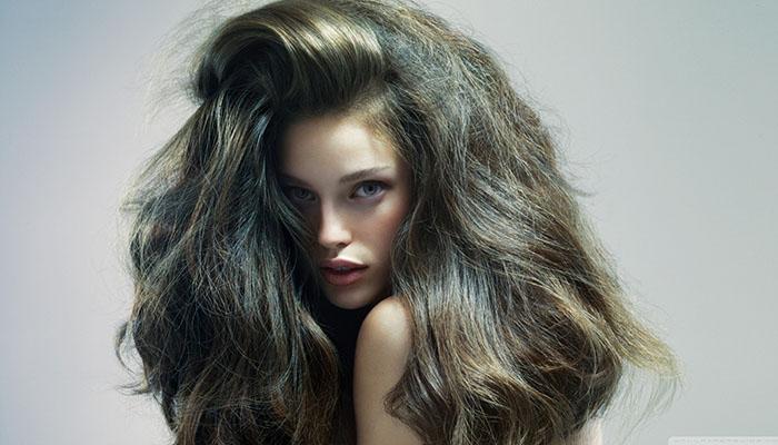 Neuredno-uredna (messy) kosa