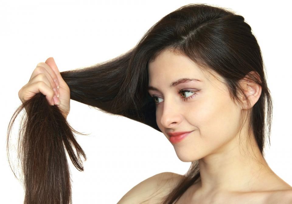 Zašto mi kosa ne drži frizuru-ispravljanje kose i prelamanje kose