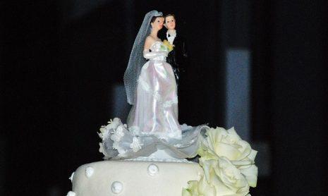 تفسير حلم رؤية الزواج للبنت العزباء في المنام لابن سيرين