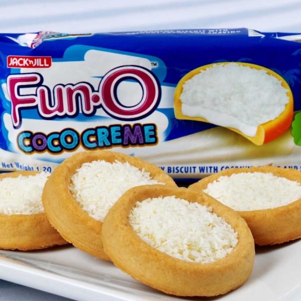 Fun-O Coco Creme sandwich cokies