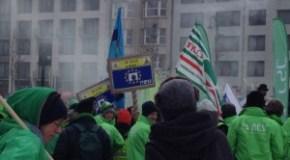 DUMPING SOCIALE, 4MILA LAVORATORI IN CORTEO A BRUXELLES