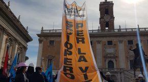 SICUREZZA NEI CANTIERI: A ROMA FLASH MOB DEI SINDACATI EDILI