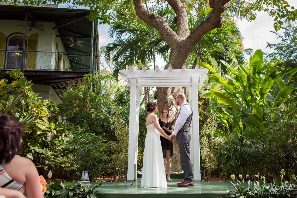 wedding ceremony at hemingway home in key west florida