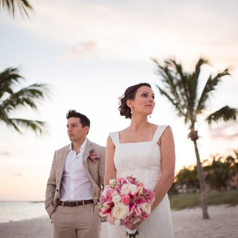wedding photograph of married couple on smathers beach in key west florida
