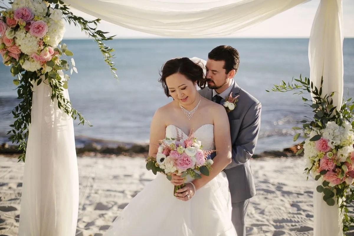 bridal photo with atlantic ocean in key west florida
