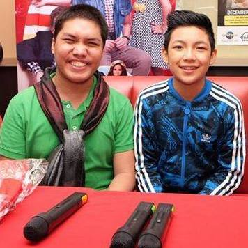 """Darren Espanto sings """"Tell the World of His Love"""" at Pope Francis event"""