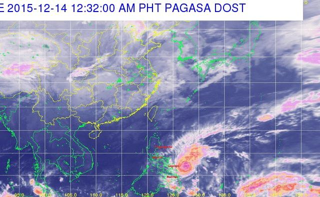 PAGASA: Storm surges likely as Typhoon Nona nears Bicol region