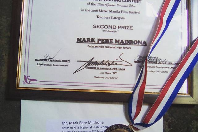THANK YOU! | Celebrating six years of FilipinoScribe.com and my latest award!