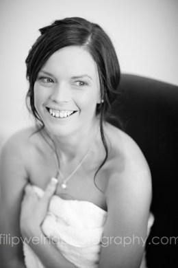 brides-getting-ready-06