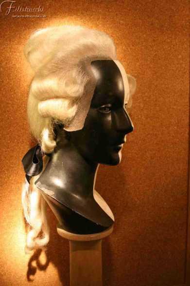 Parrucca bianca stile '700 da uomo con frontino art 700UBIAF