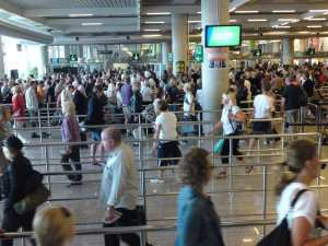 security lines without tsa precheck goes