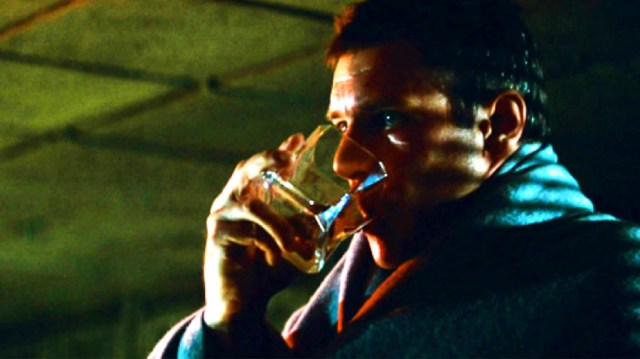 Deckard takes a drink of whiskey from a Arnolofo di Cambio CIBI tumbler