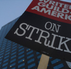 Strike outside Warner Bros