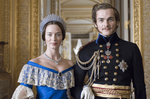 Emily Blunt (Queen Victoria) and Rupert Friend (Prince Albert) in The Young Victoria